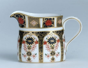 Royal Crown Derby Old Imari Mlecznik 0,25l.